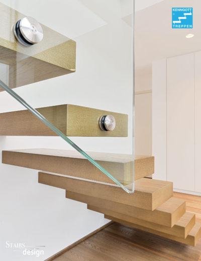 konzolové schodiště